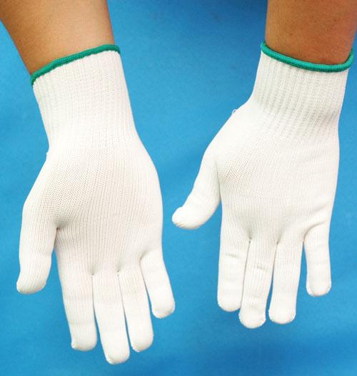 Cotton yarn gloves